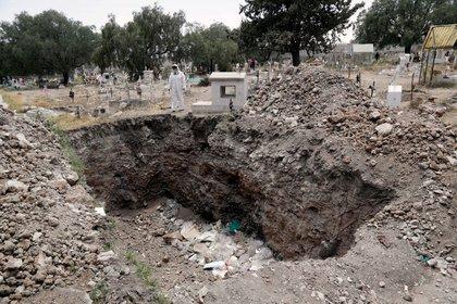 Imagen referencial de una fosa en un cementerio, en Ecatepec de Morelos, México (Foto: REUTERS/Henry Romero)