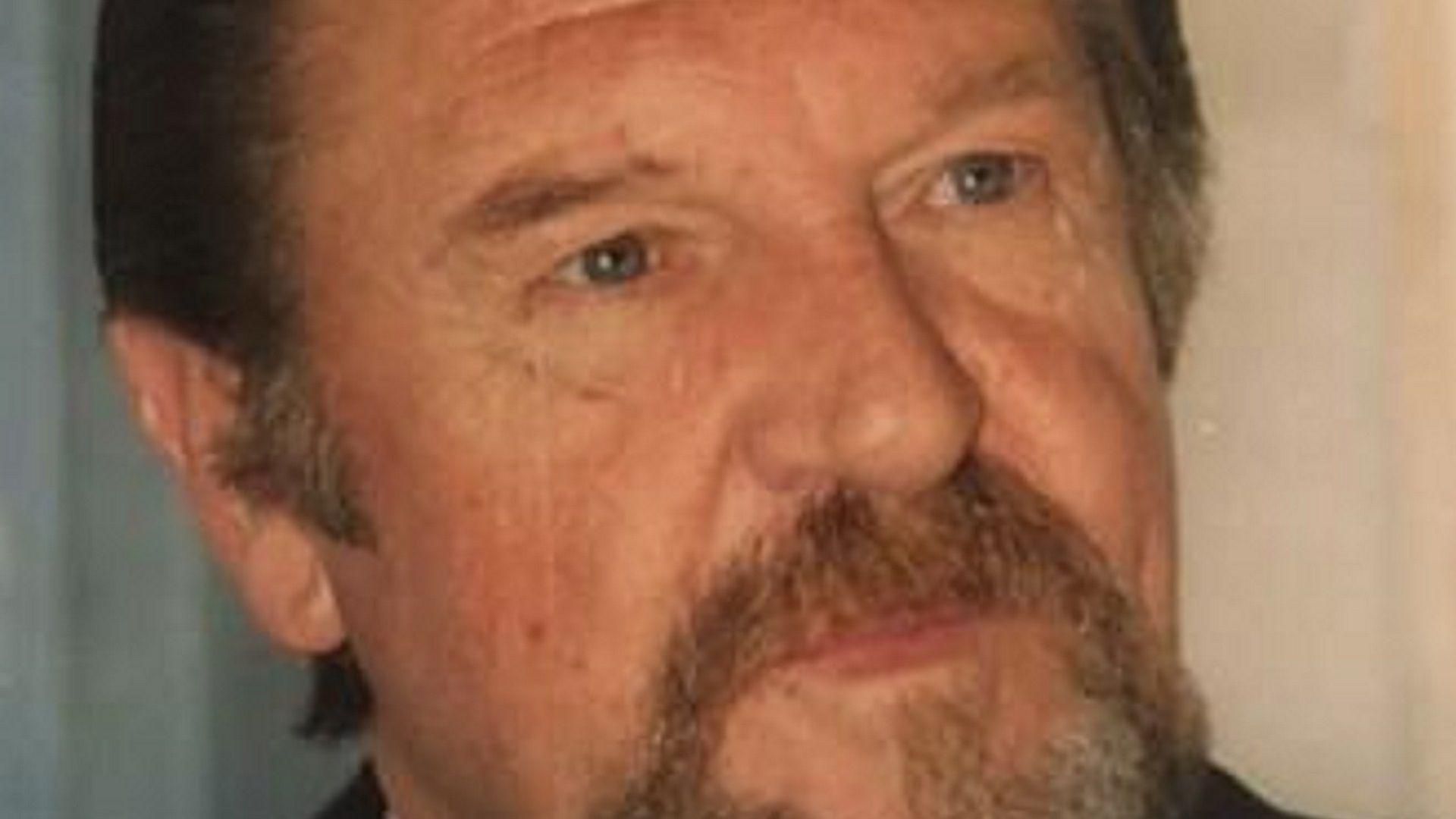 Falleció Arturo Hotton Risler, a los 78 años
