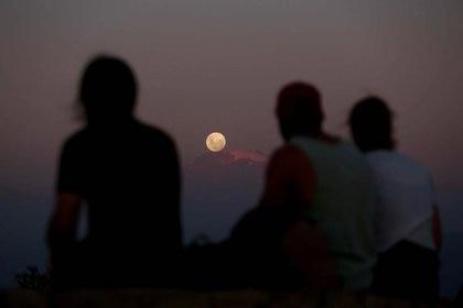 La Luna mantendrá su habitual gris perla (Foto: Reuters/Archivo)