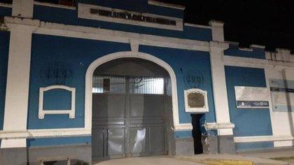 Frente del Complejo Penitenciario de Villa Urquiza en la capital tucuman.