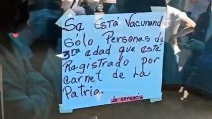 En Venezuela sólo vacunan a quienes tengan el carnet de la patria