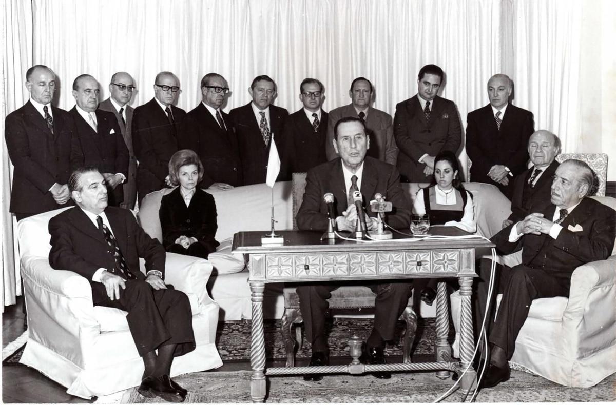TRIVIA: ¿Cuánto sabés sobre el primer retorno de Perón a la Argentina? - infobae