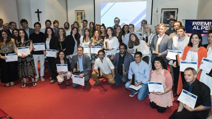 Los periodistas, fotoperiodistas y dibujantes premiados en la edición del año pasado (Fotos Adrián Escandar)