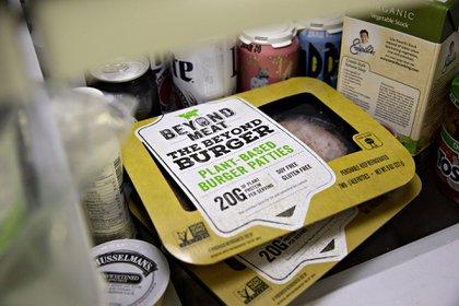 Los productos de Beyond Meat se vendenen 30.000 tiendas, restaurantes y escuelas en los Estados Unidos, Canadá, Italia, Gran Bretaña e Israel(Foto: Bloomberg)