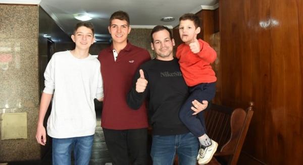 Franco junto a su familia (La Capital)