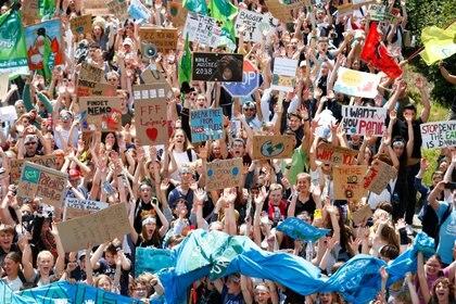 """Una manifestación de los """"Fridays for Future"""" en Aachen, Alemania, el 21 de junio (REUTERS/Thilo Schmuelgen)"""