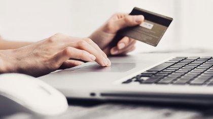 Una de las opciones que tienen los usuarios para hacerle frente a la deuda con las tarjetas de crédito, surge la posibilidad de cancelarla anticipadamente sin costo alguno.