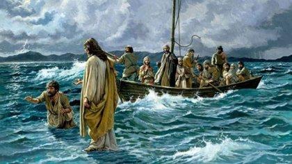 Betsaida aparece mencionada varias veces en los Evangelios, como escenario de varios milagros de Jesús. Aquí, caminando sobre las aguas para ir al encuentro de los discípulos