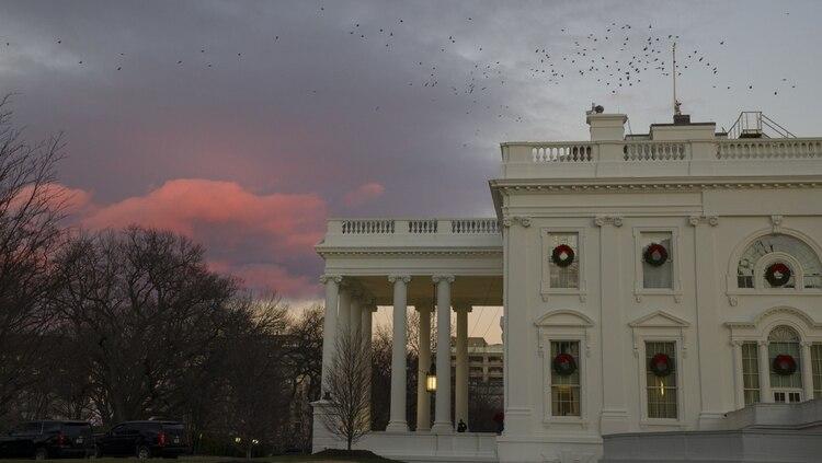 La Casa Blanca, dispuesta a un cierre prolongado para presionar a la oposición (AP)