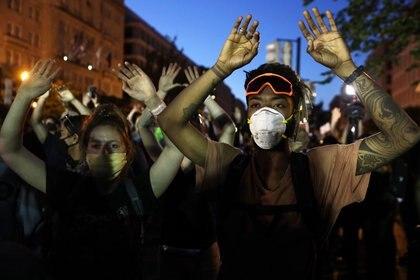 Las protestas se dispararon después del brutal asesinato de Floyd (Foto: Alex Wong/AFP)