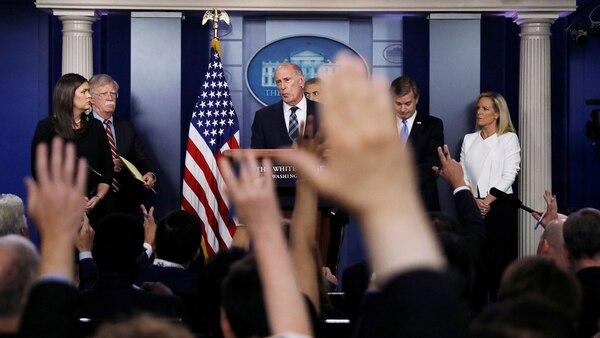 Los responsables de las agencias de inteligencia ofrecieron una rueda de prensa en la Casa Blanca (Reuters)