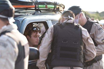 """""""Vengo de vacaciones, querida. ¿Vos dónde te vas? ¿A Miami? Yo no puedo irme a Miami, tengo que agarrar el auto e irme a Brasil"""", increpó a una periodista (Foto: Franco Fafasuli)."""