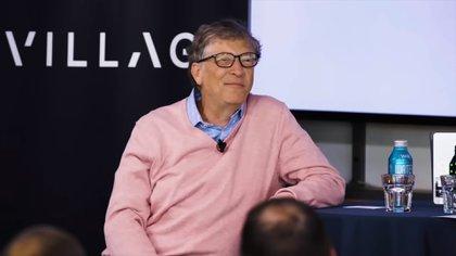 Bill Gates durante la entrevista que dio en la compañía Village Global