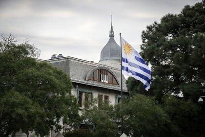 Uruguay reduce la carga impositiva a los nuevos residentes