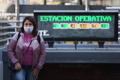 Con los 6.202 casos y los 169 decesos de las últimas 24 horas, el balance total de la pandemia asciende a más de 1,2 millones de contagiados y 26.895 muertes desde el inicio de la crisis sanitaria hace más de un año. EFE/Elvis González/Archivo