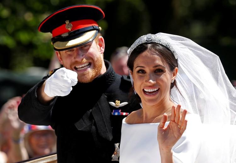 Harry y Meghan, sonrientes tras su boda