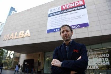 """""""Se Vende"""", el cartel que conmocionó Buenos Aires"""