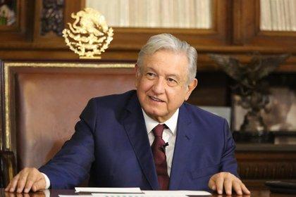 El presidente López Obrador presenta un cuadro leve de COVID-19, informó el secretario de Salud (Foto: Presidencia de México)