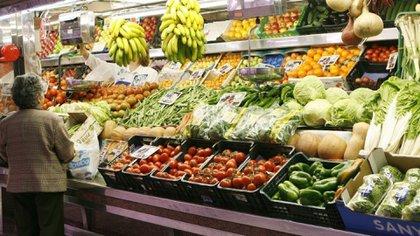 Según el informe Came, el pasado mes de noviembre los consumidores pagaron 4,31 veces más que los que producían los productos que ganaban.