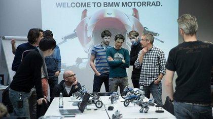 La división BMW Junior Company de Munich trabajó en conjunto con los equipos de diseño de LEGO