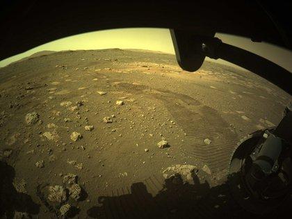 En sus primeras dos semanas en el planeta rojo, el Perseverance ha enviado ya unas 7.000 imágenes captadas a través del conjunto de cámaras más avanzado que jamás haya viajado a Marte. EFE//NASA/JPL-Caltech