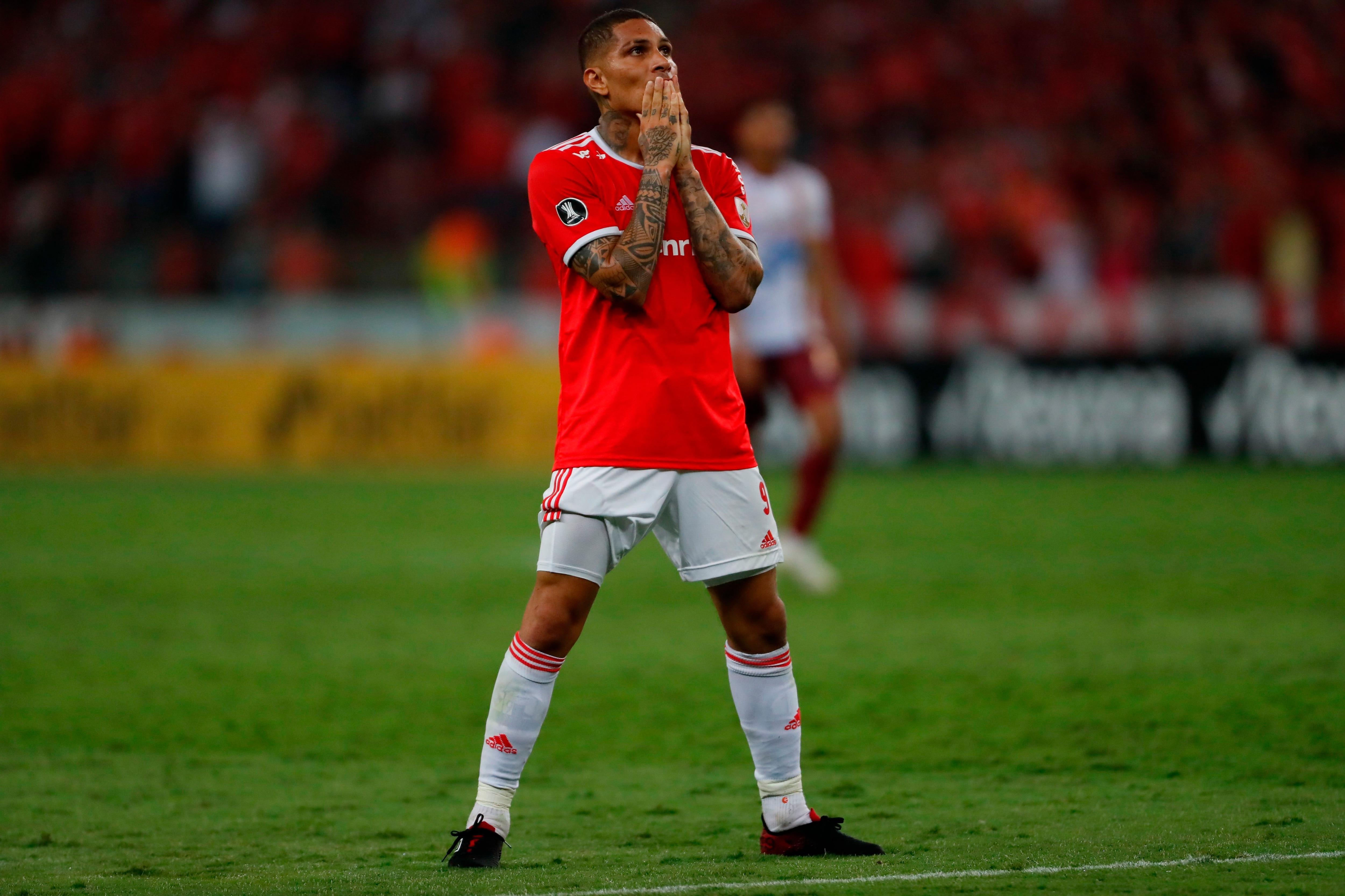 El jugador peruano Paolo Guerrero de Internacional. EFE/ Marcelo Oliveira/Archivo