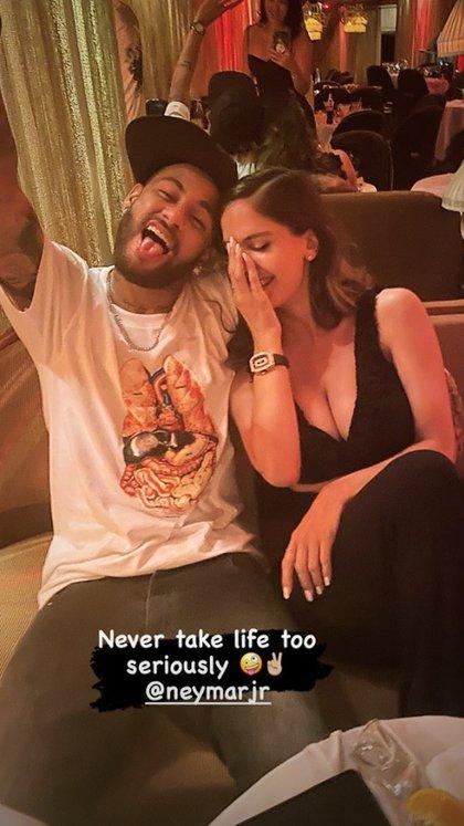 La foto que confirma el noviazgo entre Neymar y Natalia Barulich, ex pareja de Maluma