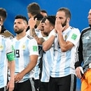 Argentina's forward Lionel Messi (L) celebrates his team's victory in the Russia 2018 World Cup Group D football match between Nigeria and Argentina at the Saint Petersburg Stadium in Saint Petersburg on June 26, 2018. / AFP PHOTO / CHRISTOPHE SIMON / RESTRICTED TO EDITORIAL USE - NO MOBILE PUSH ALERTS/DOWNLOADS