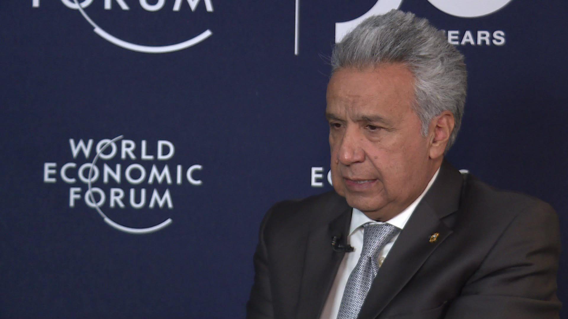 El presidente de Ecuador, Lenín Moreno, otro de los mandatarios en problemas por la violenta caída del petróleo