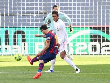 Actico estuvo Messi en la primera parte del clásico en el Camp Nou (REUTERS/Albert Gea)