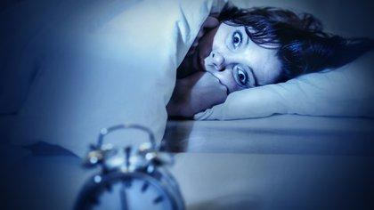 El subdiagnóstico es un gran problema entre los trastornos primarios del sueño también. Existen la hipersomnia, la narcolepsia y el síndrome de las piernas inquietas, entre otros. (iStock)