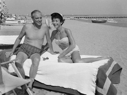 Hedy Lamarr con su quinto esposo, Howard Lee.