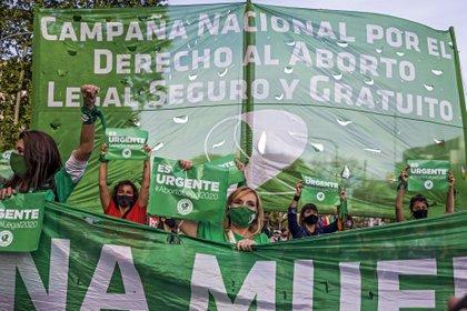 Movilización a favor de la legalización del aborto en noviembre de 2020 en Buenos Aires.