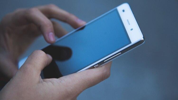 Para ver la versión de software que tiene instalada el móvil hay que ir al menú de Ajustes o Configuración (Foto: Pixabay)
