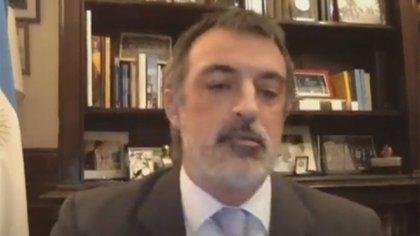 Esteban Bullrich se molestó con José Mayans y tuvo un cruce con Cristina Kirchner