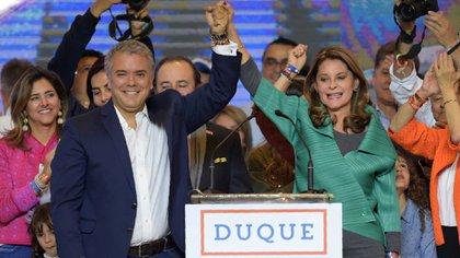 Iván Duque junto a su vicepresidente, Marta Ramírez (AFP)