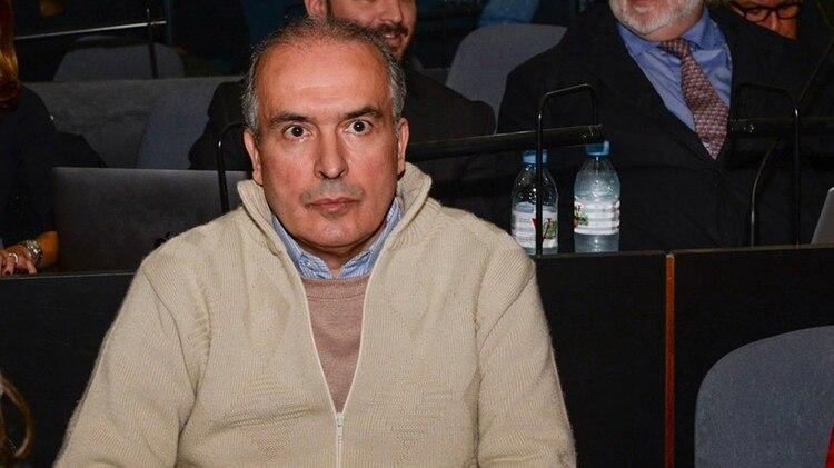 José López fue acusado de mentir sobre el origen del dinero