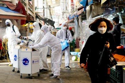 Medidas de precaución en Seúl, Corea del Sur (REUTERS/Kim Hong-Ji)