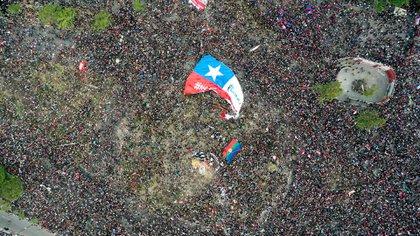 Cerca de un millón de personas se manifiestan en Chile (AFP)