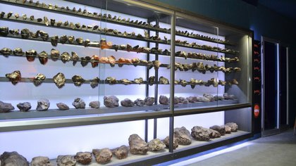 En el Centro de Interpretación están expuestos unos 300 meteoritos (Instituto Turismo Chaco)