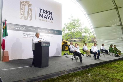 El pasado 2 de junio, el presidente López Obrador dio el banderazo a las obras del Tramo 4 Golfo Izamal-Cancún (Foto: Cortesía Presidencia)