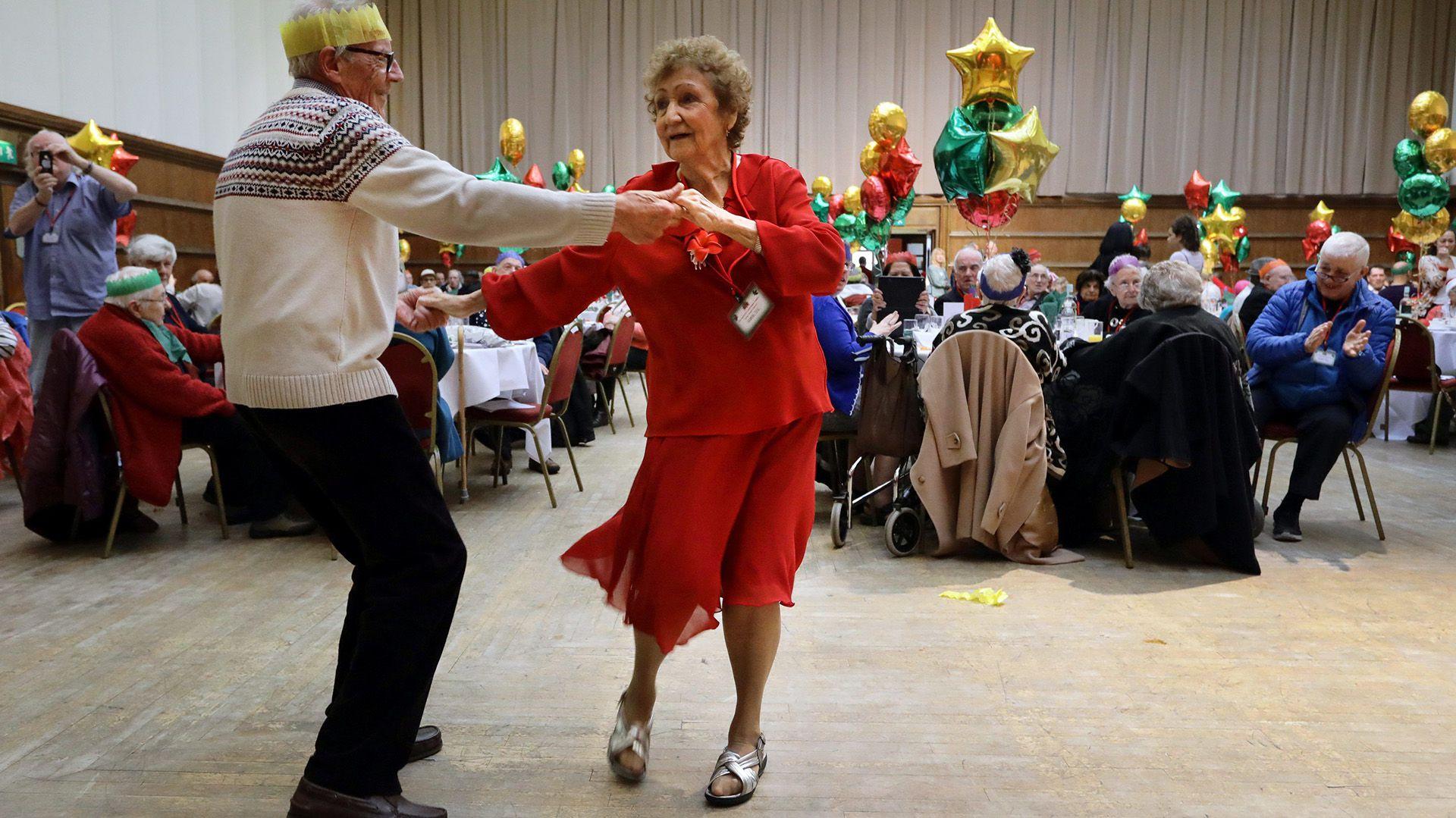Además de que realizar actividad física tiene un efecto antiaging, también tiene un efecto psicológico que afecta de manera indirecta a la longevidad y a la calidad de vida, y que es igualmente importante (Reuters)