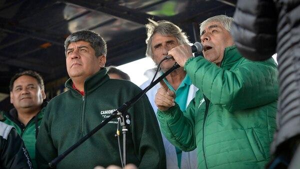 Hugo Moyano y su hijo Pablo amenazaron