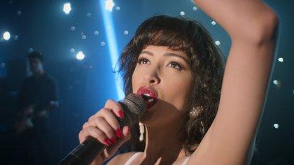 """Estrenaron el tráiler de la segunda temporada de """"Selena, la serie"""": éxito, familia, amor y la antesala de su asesinato"""