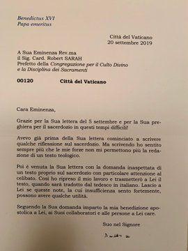 Una de las cartas publicadas por el cardenal Sarah