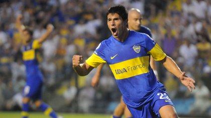 Facundo Roncaglia festeja un gol en la Bombonera frente a Independiente (FOTO: DAMIAN DOPACIO)
