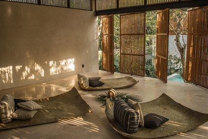 El hotel fue diseñado por Jaquestudio y su diseño se inspiró en la 'esencia de la jungla' (Jungle Keva)
