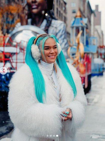 La cantante hace parte del desfile que tendrá presentaciones de Patti Labelle y Sofia Carson.  Instagram @karolg