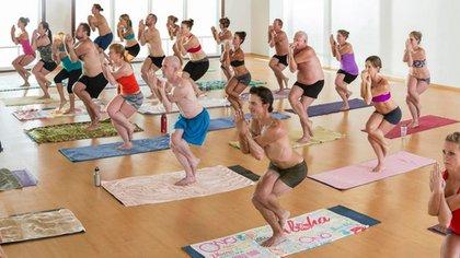 El Bikram Yoga se practica en salones especialmente climatizados