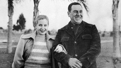 """Son varios los testimonios que afirman que Evita quería ver campeón a Banfield para que se consagrara un equipo """"humilde"""". Racing, por su parte, contaba con el respaldo de Ramón Cereijo (AP)"""